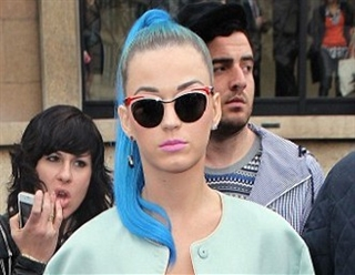 ea5a98c1ed98 View · Katy Perry   A Trendsetter in Prada PR61OS Sunglasses
